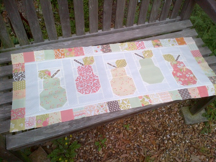 Pear Valance Bench